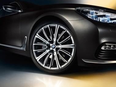2016-BMW-7-series