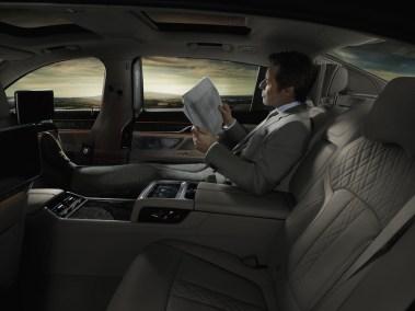 2016-BMW-7-lounge-1