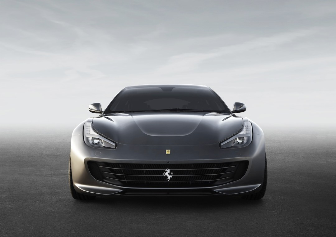 Ferrari_GTC4Lusso_front_LR