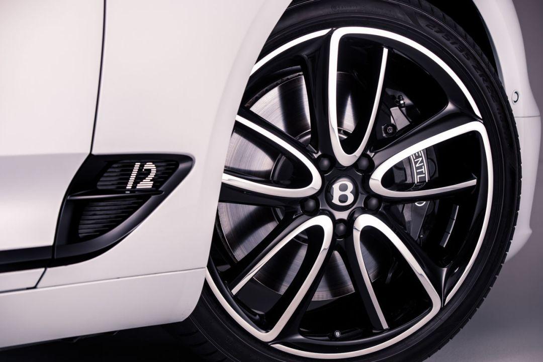 Bentley Continental GT Convertible 41