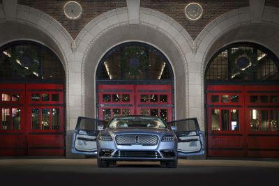 LincolnContinental-CoachDoors_HR_01
