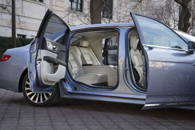 LincolnContinental-CoachDoors_HR_15