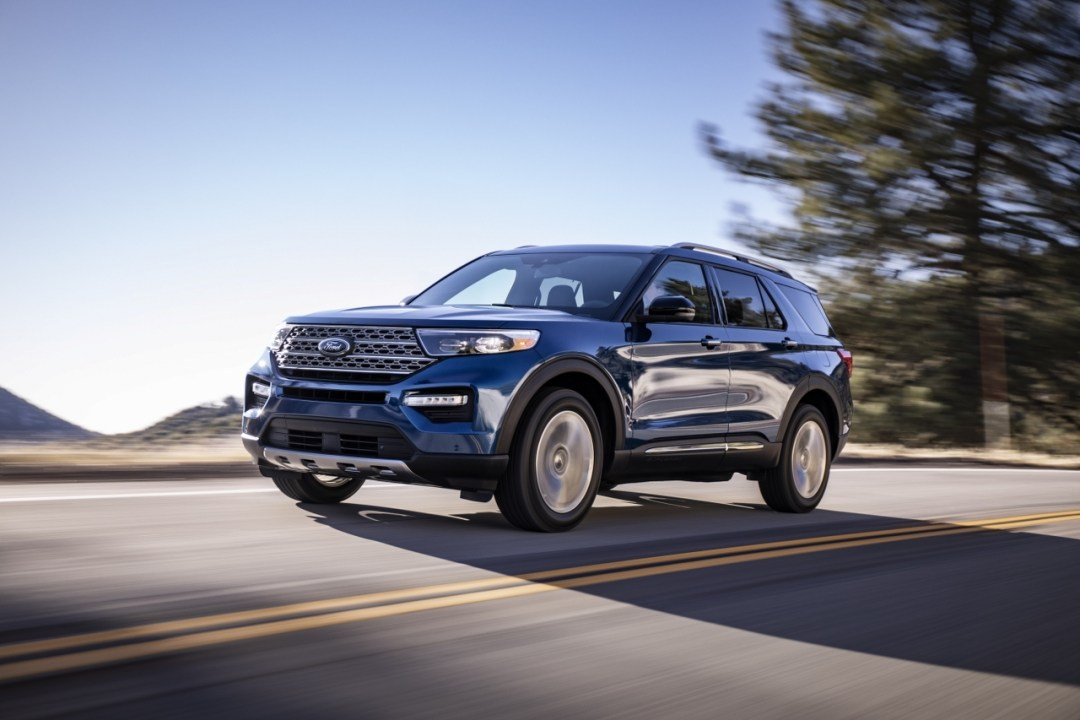 3-Ford-Explorer-Limited_1280x853