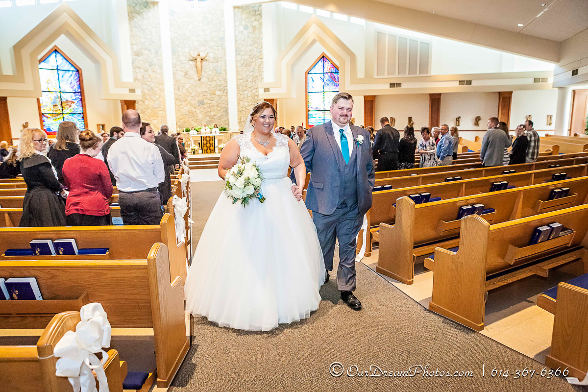 The wedding of Taylor Greene and Patrick Dillon photographed Saturday, November 7, 2015 at St. Peters Catholic Church. (© James D. DeCamp | http://OurDreamPhotos.com | 614-367-6366)