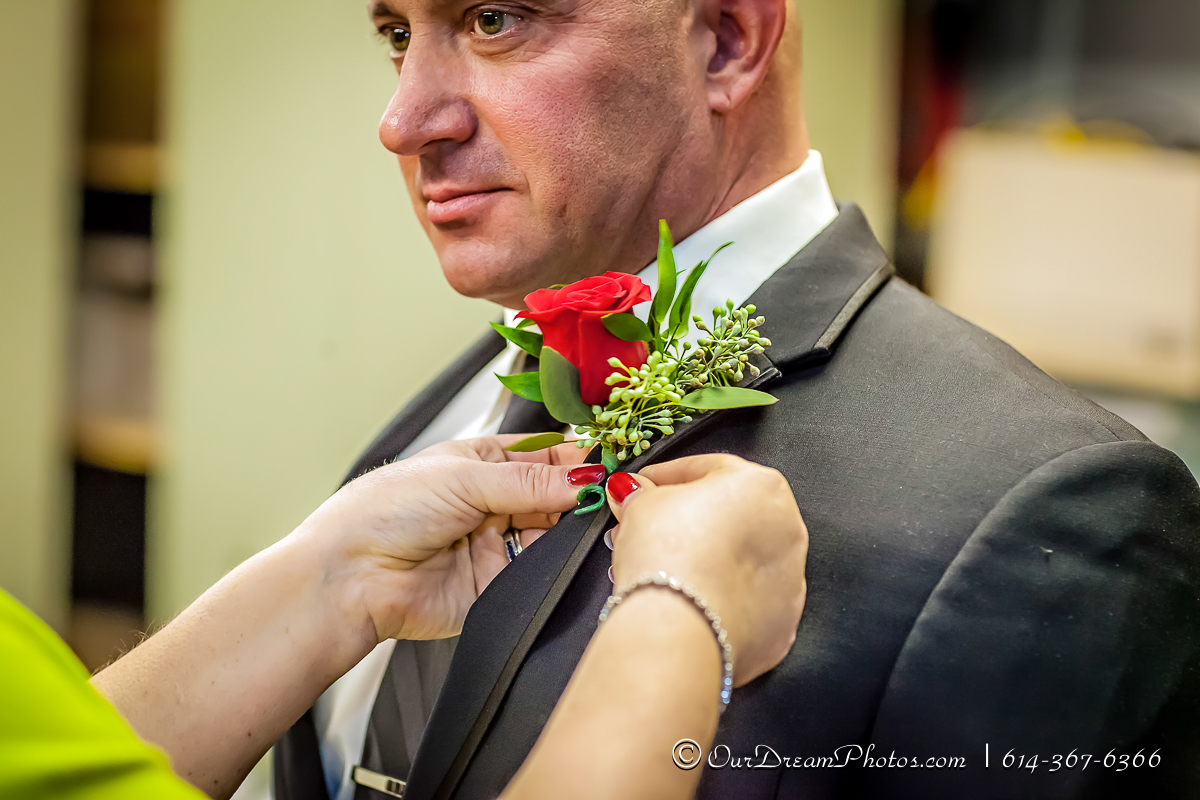 The wedding and reception of Kim Baasch and Mick Lowry photographed Saturday, January 23, 2016. (© James D. DeCamp | http://OurDreamPhotos.com | 614-367-6366)
