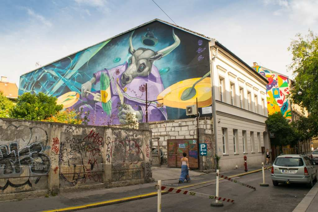 Unusual Things to Do in Budapest: Street Art
