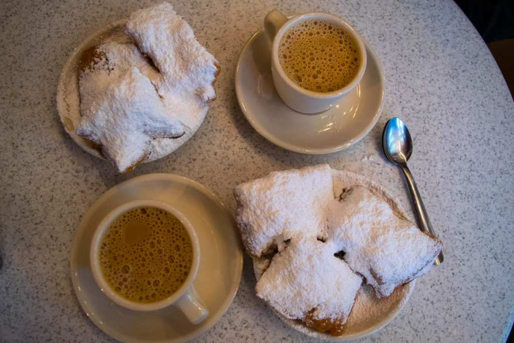 3 Days in New Orleans Itinerary: Cafe du Monde Beignets