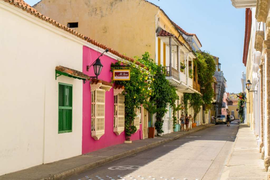 What to Pack for Colombia: Streets of Cartagena