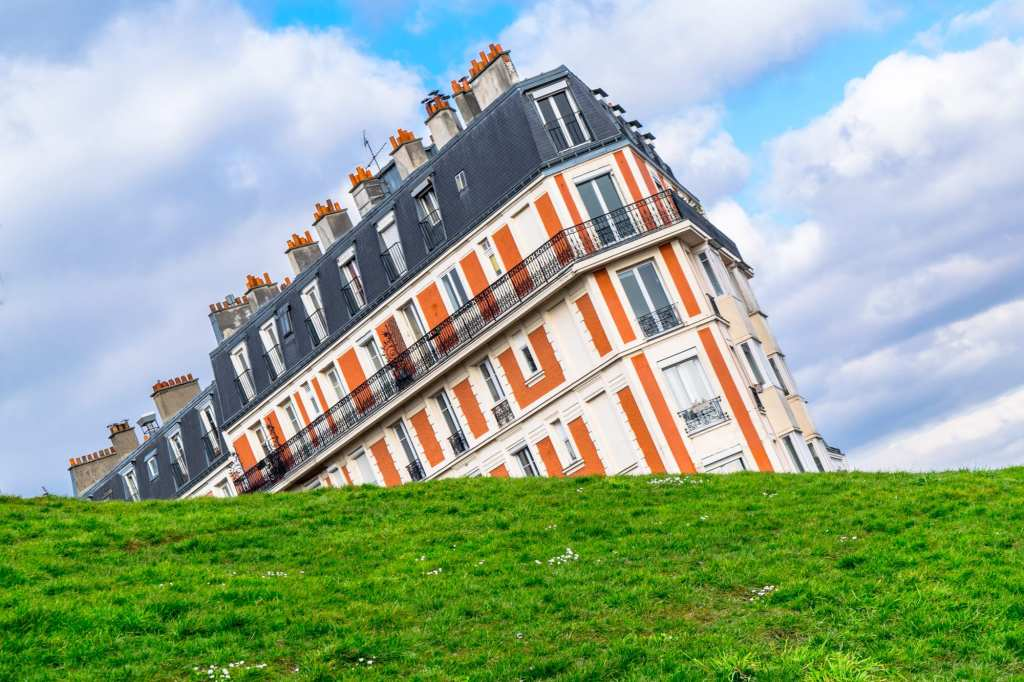 Second Trip to Paris: Sinking House Montmartre