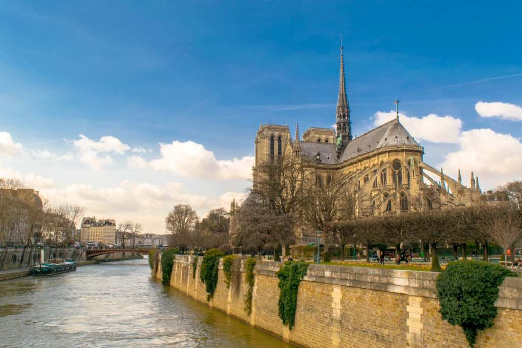 Paris Itinerary 3 Days: Notre Dame from the back