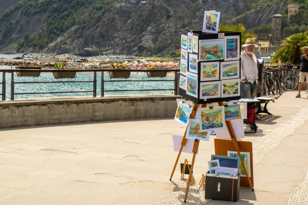 Best Books About Italy: Paintings on Coast
