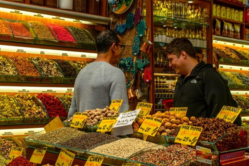 2 Days in Istanbul: Jeremy in Spice Market