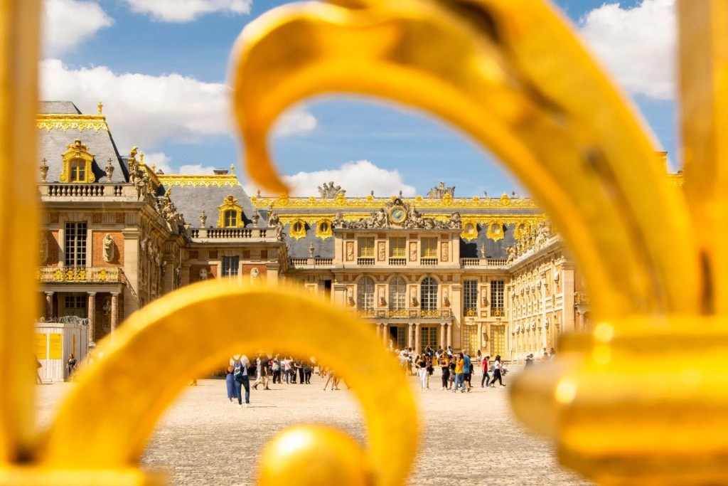 Visiting Versailles: Exterior of the Palace