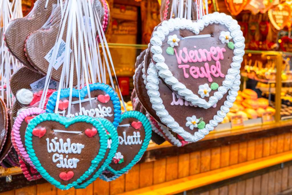 Christmas Markets in Austria: Gingerbread Hearts