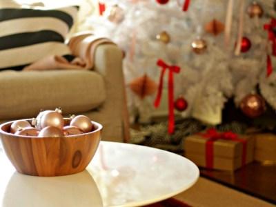 Blush & Red – White Christmas Tree