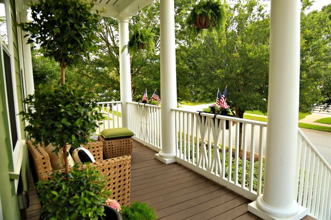 4th of July front porch view