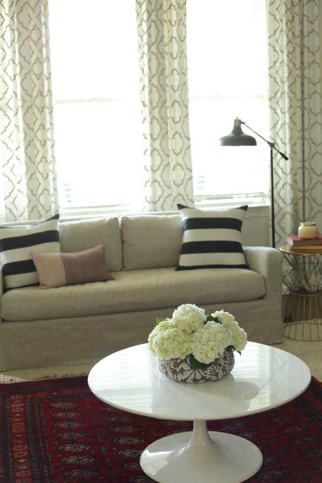 living room pedestal table
