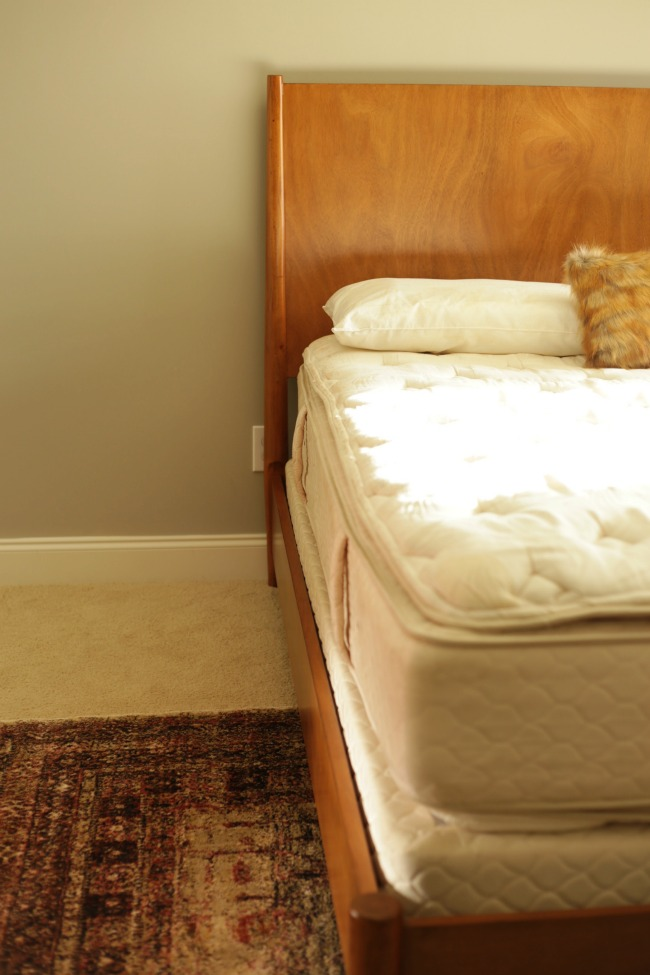 bed and rug