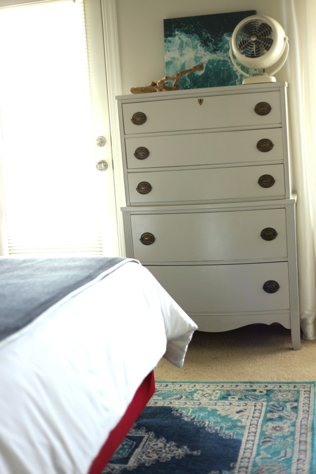 light grey painted dresser