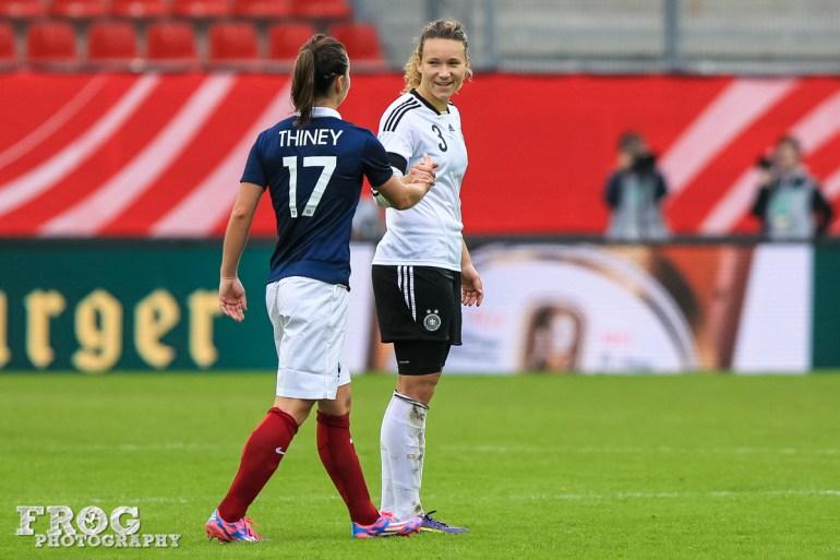 France's Gaëtane Thiney (17) and Germany's Josephine Henning (3)