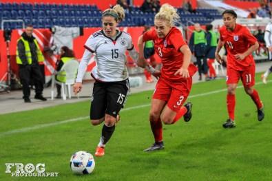 Anna Blässe (GER) and Alex Greenwood (ENG).