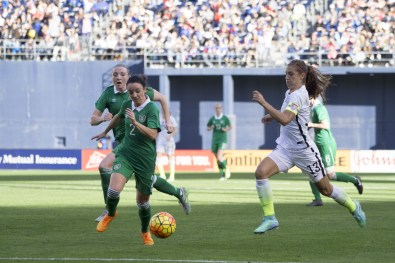 Ireland's Sophie Perry and USA's Alex Morgan.