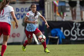 Jen Hoy holding it down on the field for the Chicago Red Stars. (Shane Lardinois)