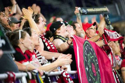 The Rose City Riveters during the 2017 NWSL Championship. (Monica Simoes)
