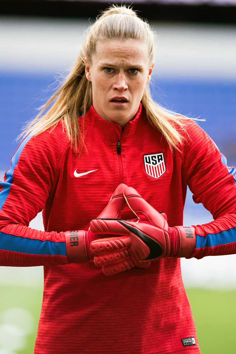 USA's Alyssa Naeher during warm-ups at the 2018 SheBelieves Cup. (Monica Simoes)