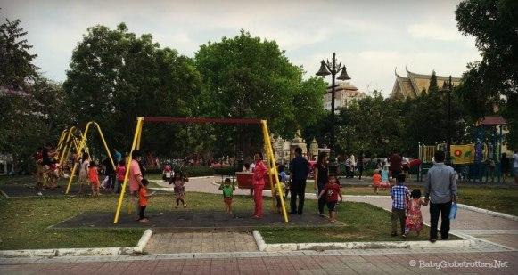 Large play park at Wat Bottom
