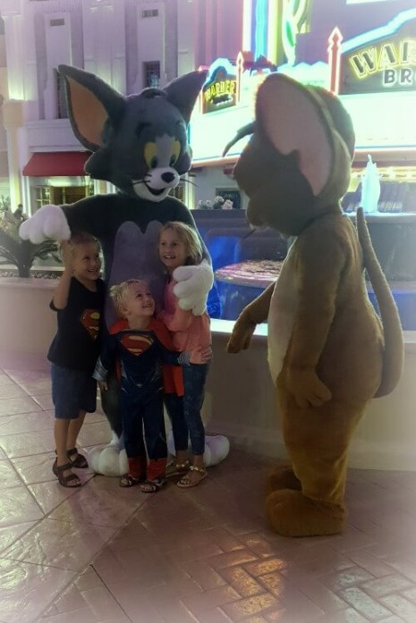 Tom and Jerry | WB World Abu Dhabi Family Review