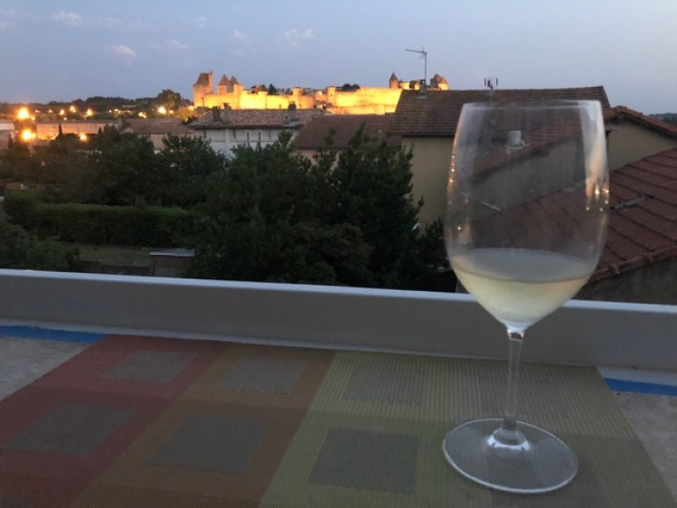 Confinement in Carcassonne balcony bar wine and La Cite