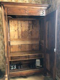Carcassonne-April-2019-Jeff-improves-armoire