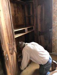 Carcassonne-April-2019-Jeff-improving-armoire