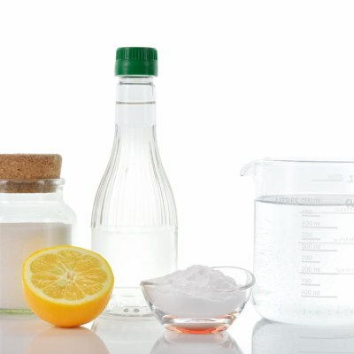 Homemade Cleaning Recipes: Window & Glass Cleaner