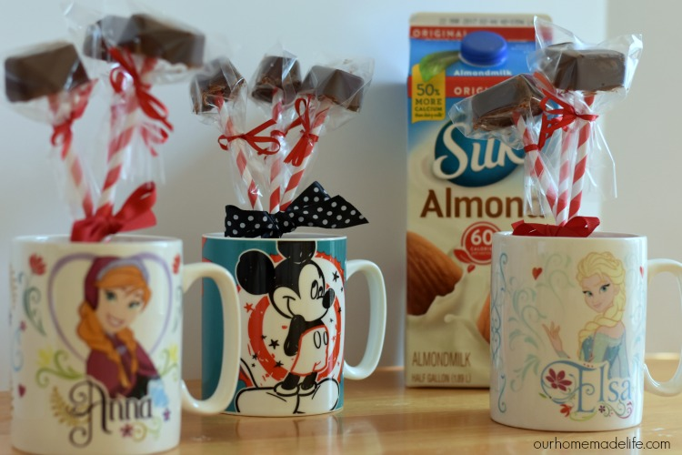 dairy-free-hot-chocolate-sticks-with-mugs