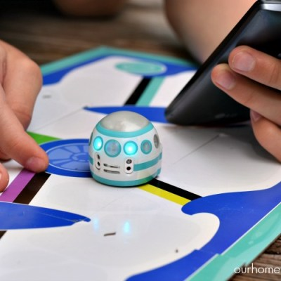 A Mini Robot That Teaches Coding: Ozobot