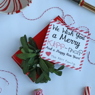 We Wish You a Merry Kiss-Mas Free Printable