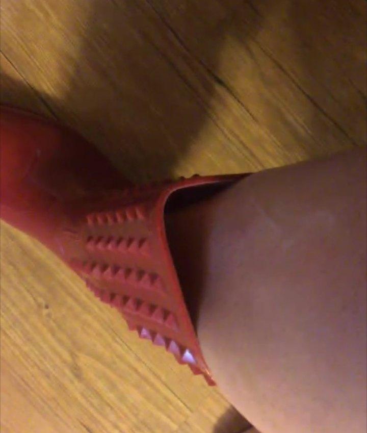 Tracys Wide Calf Rain Boot