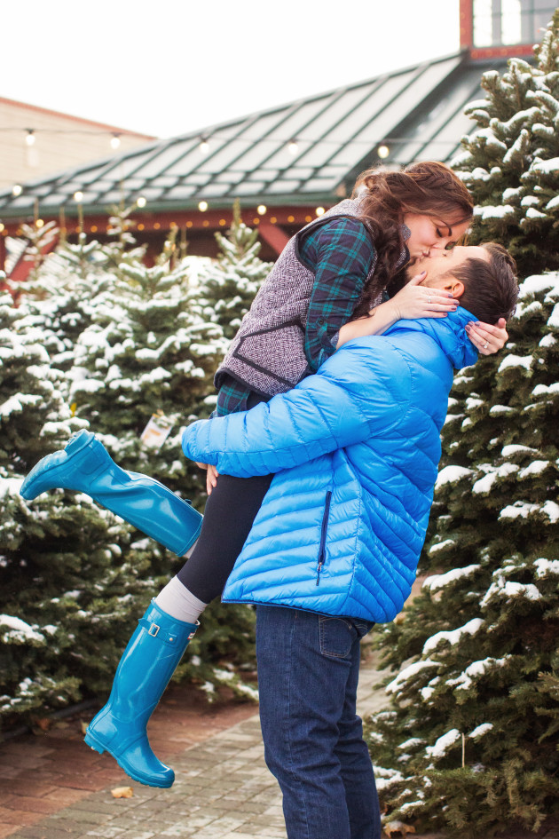 Baby Its Cold Outside Couples Christmas Pictures At A