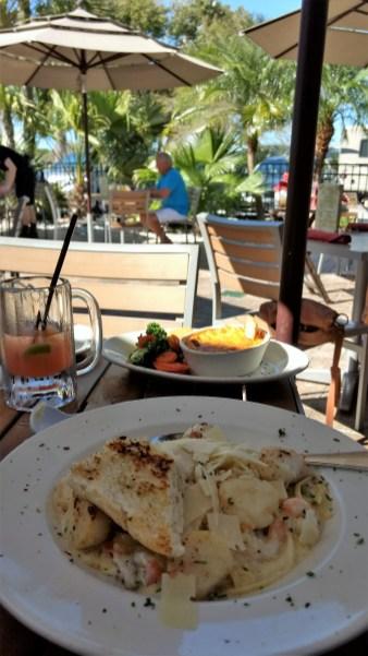 Seafood, drinks and sunshine! (Rumba Grill, Tampa, Florida)