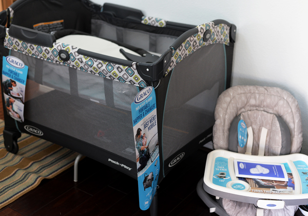 Graco Pack N Play Playyard Napper Changer