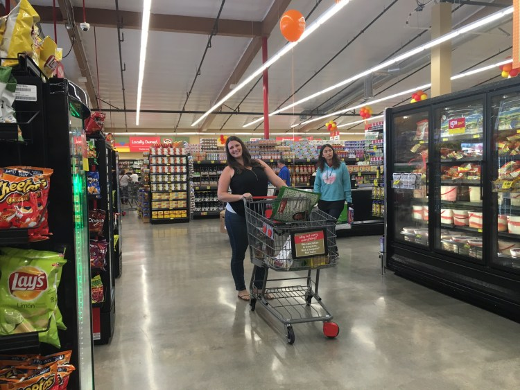 grocery outlet shopping