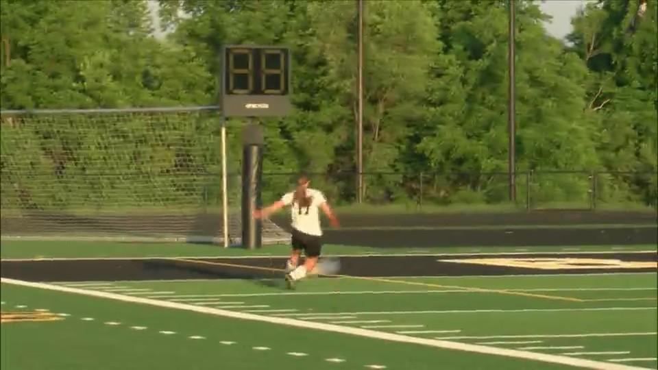 Bettendorf girls soccer falls in regionals