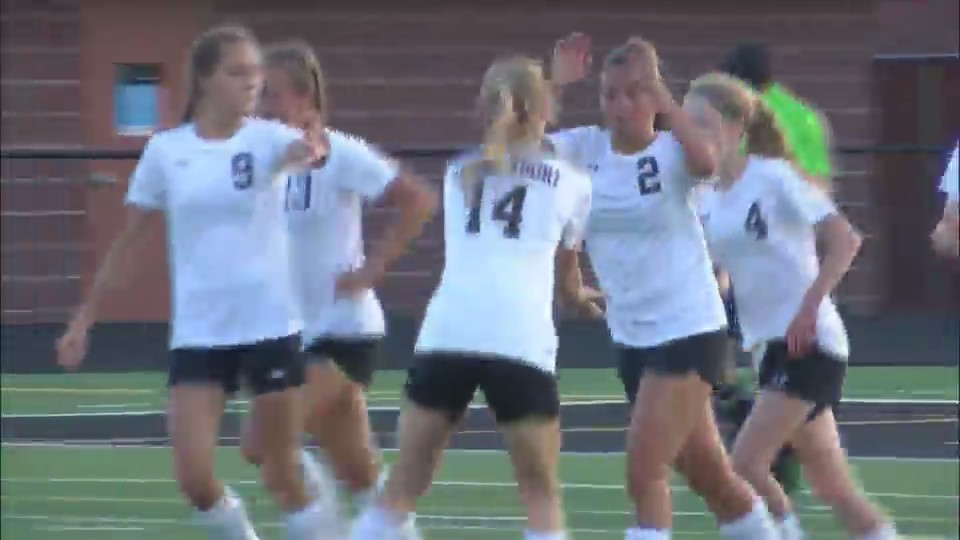 Bettendorf girls soccer talks MAC title