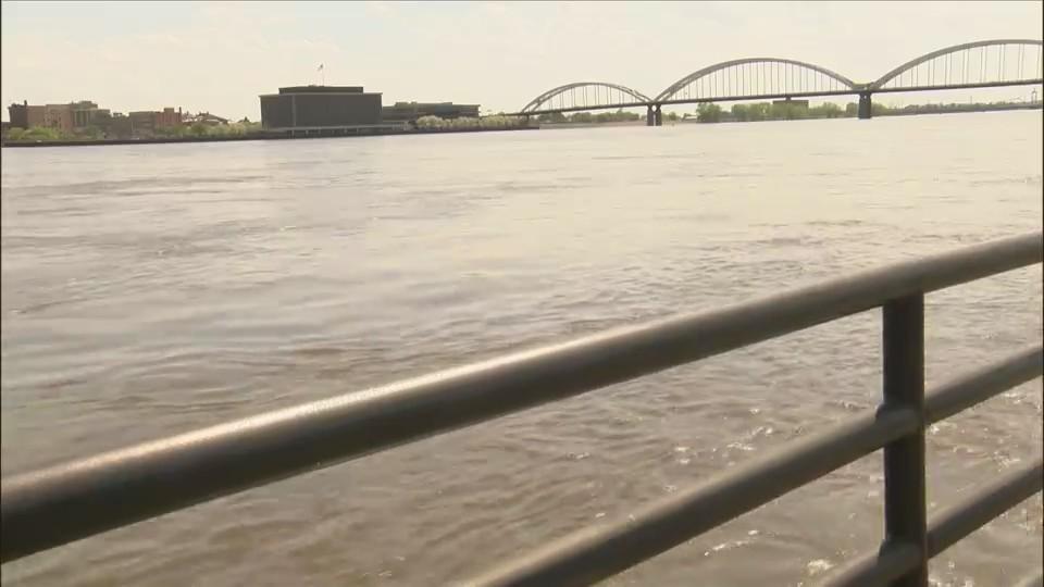 Mississippi_River_flooding_0_20180507180535