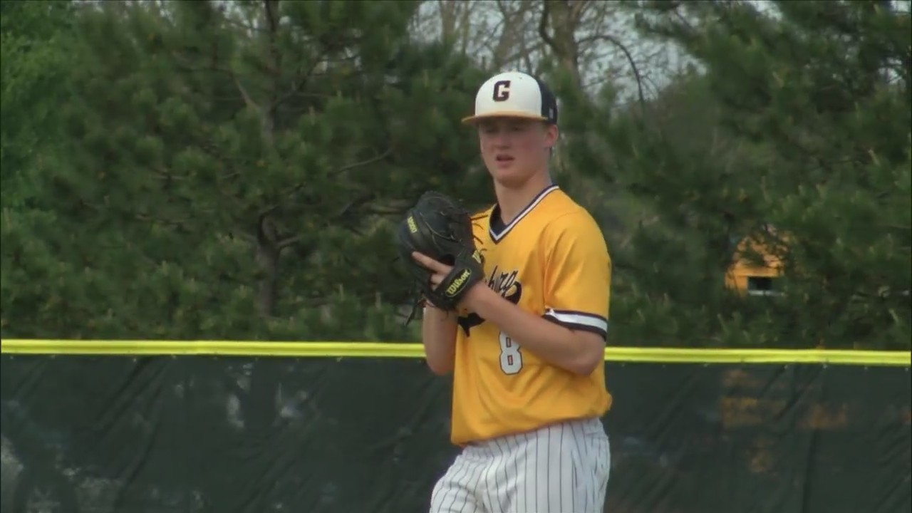 Aten's complete-game shutout propels Streaks to regional championship