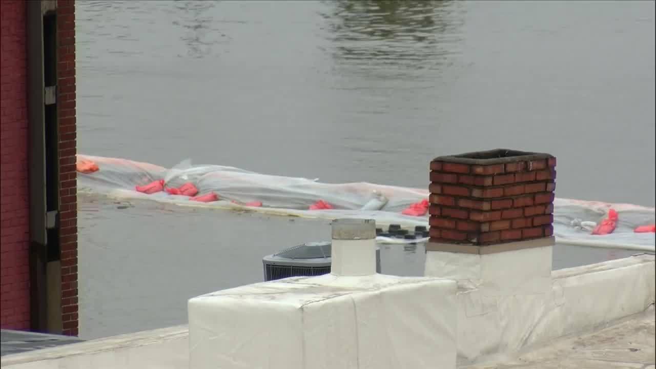 Davenport_flooding_10pm_hit_1_20190501043044