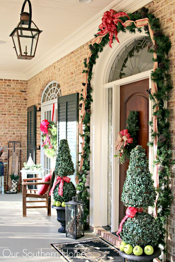 Welcome Home Tour featuring the Christmas Porch of Our Southern Home