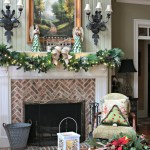 Holiday decorating with Hallmark Crown Gold #sp #hallmark